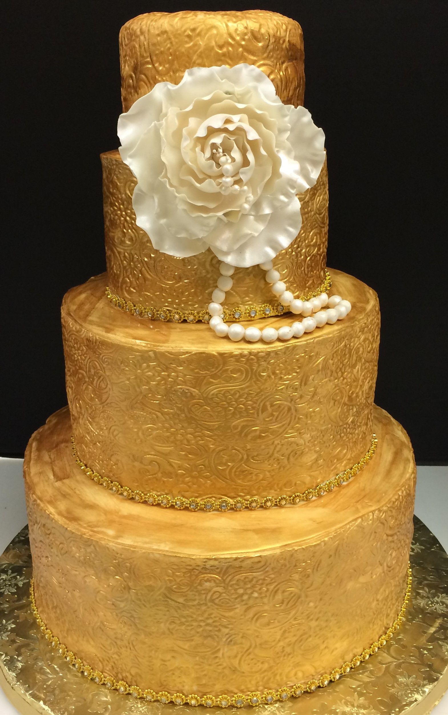 Cakes By Lara We Are A Unique Bakery Specializing In All Types Of